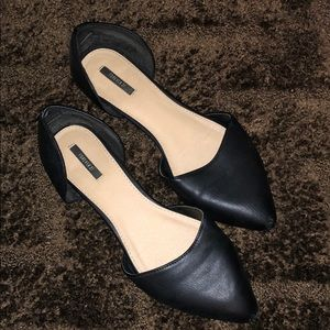 Black Pointed Leather Flats